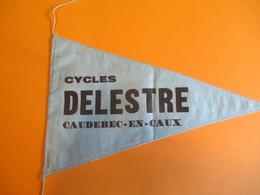 Sport/Cyclisme/ Fanion Ancien Publicitaire/Cycles DELESTRE / Caudebec En Caux/ 1950-1960      DFA21 - Cyclisme