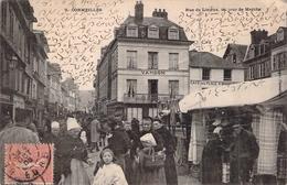 C P A Eure 27 Cormeilles Rue De Lisieux Le Jour Du Marché  Carte Animée - France