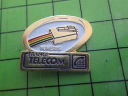 1318a Pin's Pins / Rare Et De Belle Qualité / FRANCE TELECOM : PRISE NUMERIS RJ45 - France Telecom