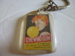 Porte-clef Chewing-gum Confico Marseille-rue Ferrari - Porte-clefs