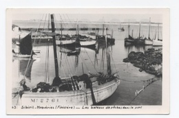 CARTE PHOTO 29- SIBIRIL--MOGUERIEC --BATEAUX DE PÊCHE DANS LE PORT    -RECTO/VERSO- B30 - Autres Communes