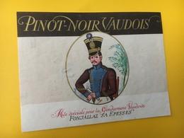 8858 -  Pinot Noir Vaudois Pour Gendarmerie Suisse - Etiquettes