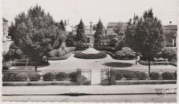44  Saint Sebastien Sur Loire Square  De La Metairie - Saint-Sébastien-sur-Loire