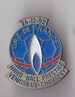 PIN'S   THEME HANDBALL MATCH  VENISSIEUX CHAMBERY  SPONSOR  GAZ DE FRANCE 236/12/1992 - Handball