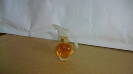 """Miniature Nina Ricci   """"  Air Du Temps   """" Parfum Avec Colombes - Vintage Miniatures (until 1960)"""