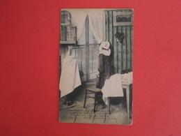 Carte Postale  Femmes - Femmes