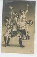 "FEMMES - FRAU - LADY - SPECTACLE - ARTISTE 1900 - Portrait Artistes Danseuses French Cancan "" THE MADCAPS "" - Women"