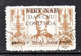 VIET MINH  1 L 15   (o)  ADMIRAL  ANDRE  COURBET - Vietnam