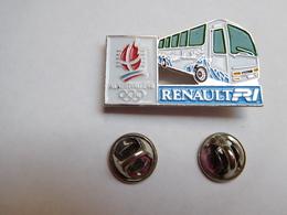 Beau Pin's En Relief  , Car Bus Renault Et Les JO , Jeux Olympiques Albertville 92 , Signé COJO 1991 - Olympic Games