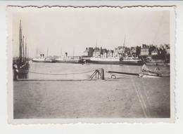 B 304 / 35 :  SAINT - MALO / 1935 /   Le Port ,  Photo ,recto Verso , Issu D'un Album De Voyage - Lieux