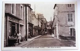 CPA Peu Courante 45 Meung Sur Loire Rue Jehan De Meung Alimentation Personnages - Autres Communes