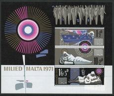 Malta Mini Sheet To Celebrate Christmas In Unmounted Mint From 1971. - Malta