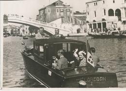 Photo De Presse Keystone 18 X 24 Cm - Famille Royale Britannique - Duc, Duchesse De Winsor, Venise - Célébrités