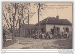 10) Troyes (Aube)  10 Janvier 1910 - Allée Weber Huit Jour Après L´inondation - Niveau De L'eau Indiqué Par L ' Om - Troyes