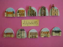 Série Complète De 10 Feves PERSO En Porcelaine LES GRANDS MONUMENTS DE BOURGOGNE 2006 ( Feve Figurine Miniature ) - Regions