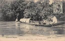CPA - LAOS - Comment On Voyage Au Laos - Dans Les Eaux Calmes - Laos