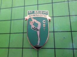 1318a Pin's Pins / Rare Et De Belle Qualité / SPORTS : CLUB ST BRIEUC GYMNASTIQUE CST BRETAGNE - Gymnastics