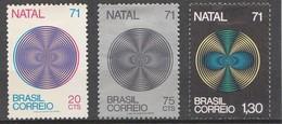 BRESIL 1971 - Yvert N° 974 à 976* - Série Complète - Unused Stamps