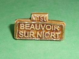 Fèves / Pays / Régions : Beauvoir Sur Niort , Plaque De Village , MH   T9 - Countries