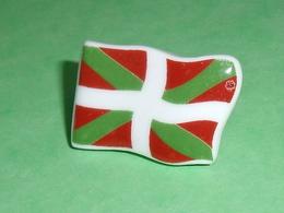 Fèves / Pays / Régions : Drapeau , Pays Basque  T9 - Countries