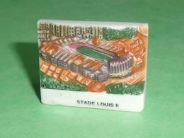 Fèves / Pays / Régions : Stade Louis II , O De Monaco 30 X 26 Mm RARE  T10 - Countries