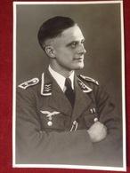 Foto AK Portrait WW2 Soldat Mit Uniform Luftwaffe Reichsadler Hakenkreuz Ca. 1943 - Divise