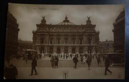 CPA - Paris - L'opéra - Animée : Passants, Automobile, Omnibus - France