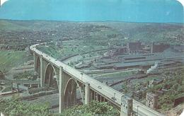 "984 ""WESTINGHOUSE BRIDGE-EAST OF PITTSBURGH-HIGHWAY 30 - VEICOLI E TRENI A VAPORE "" CARTOLINA POSTALE ORIG.  NON SPED. - Pittsburgh"
