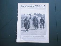 LA VIE AU GRAND AIR N°407 DU 7 JUILLET 1906 ALBERT CLEMENT RENTRE AU GARAGE APRES LA COURSE,SZISZ,TOUR DE FRANCE,PUB PNE - 1900 - 1949