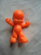 Ancien - Figurine Bébé Orange - Figurines