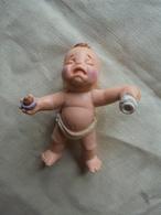 Ancien - Figurine Bébé - Figurines