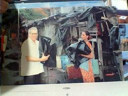 MISSIONI MISSIONE CATTOLICA DON BOSCO INDIA  MATUNGA MUMBAI  Distribuzione Teli Sacchi Per Inizio Piogge N1975 GU3398 - Missioni