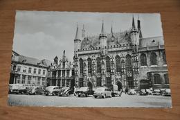 4096- Brugge  Bruges, Stadhuis - 1960 / Auto / Car - Brugge