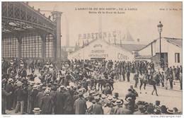 L'arrivée Du Roi Du Cambodge Sisowath à Paris Sortie De La Gare De Lyon Indochine - Cambodia