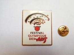 Superbe Big Pin's En Zamac , Festival Olympique Des Arts , JO , Jeux Olympiques Albertville 92 ?? , Signé Starpin's - Olympische Spiele