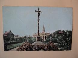 CPA CABOURG. 1908. LE CALVAIRE. CALVADOS. 14 QUELQUES PERSONNES DEVANT LE CALVAIRE. - Cabourg