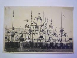 TOULOUSE  1942  : FÊTE GYMNIQUE  -  PYRAMIDES  Au Parc Municipal  (avec Portrait Du Maréchal)   XXXX  Format 18 X 11,5cm - Gymnastique
