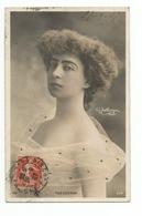 FEMMES - FRAU - LADY - Jolie Carte Fantaisie Portrait Jeune Femme  Reutlinger - Femmes