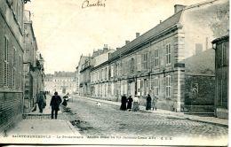 N°64844 -cpa Sainte Menehould -la Gedarmerie Poste Où Fu(t Reconnu Louis XVI - Police - Gendarmerie