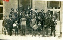 N°64853 -carte Photo Fanfare Dans La Marne - Musica E Musicisti