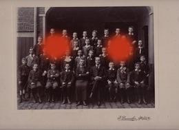 Herve Collège Marie Thérèse Vers 1910 / Devant Bras Croisé : Le Directeur Victor Simon / Photo Dumoulin Herve - Personas Anónimos