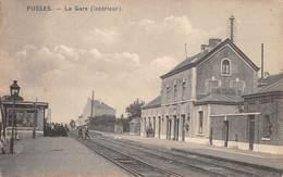 CPA -  Belgique, FOSSES, La Gare ( Interieur ) -  Railway Station - Fosses-la-Ville