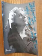 PHOTO AVEC DEDICACE DE JACQUELINE LUCAZEAU DE L'OPERA - Autographes
