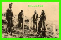 INDIANS - CROW SCOUTS WITH CUSTER ON THE BATTLEFIELD IN 1913  - M. R. McGOUGH, 1980 - - Indiens De L'Amerique Du Nord