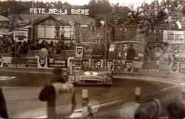 Photo Originale Sport Auto - Circuit De Rouen-les-Essarts En 1973 - Porsche Spider, 9 Juin 73 & Renault Estafette - Cars