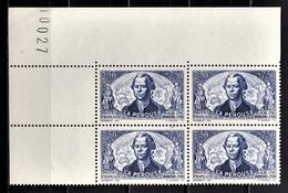 FRANCE 1942 - BLOC DE 4 TP Y.T. N° 541 COIN DE FEUILLE - NEUFS** - Unused Stamps