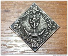 Belle Médaille Uniface (replique D'un Sceau Ancien) Métal Semblable à L'argent Déterminer - Royal / Of Nobility