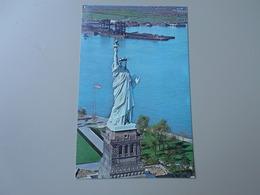 ETATS UNIS NY NEW YORK CITY  STATUE OF LIBERTY - Statue De La Liberté