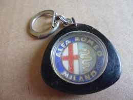 Porte-clefs Voiture Alfa Romeo Milano - Porte-clefs