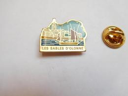 Beau Pin's , Ville De Les Sables D'Olonne , Vendée - Villes